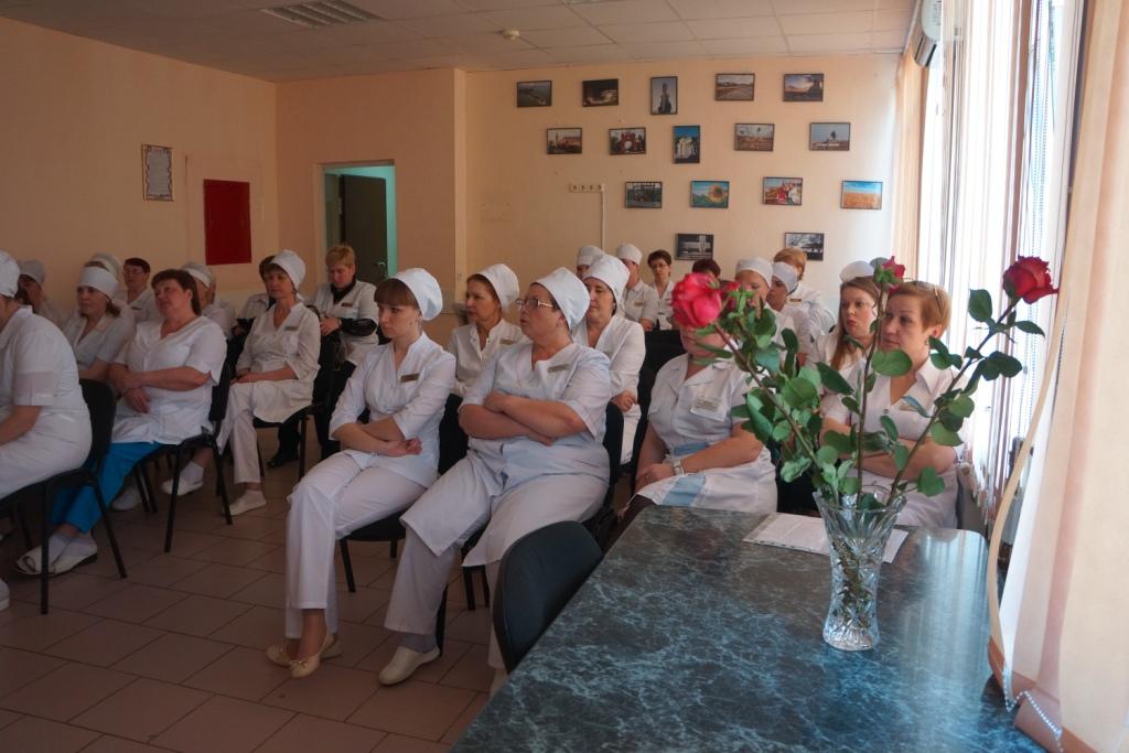 Производственное собрание для среднего и младшего медицинского персонала