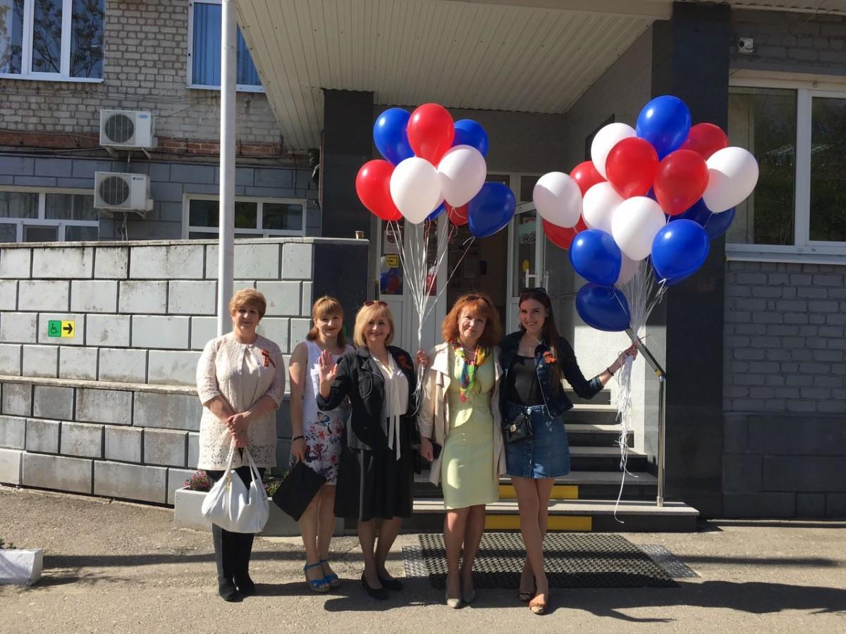 Cотрудники ГБУЗ «Краевая клиническая стоматологическая поликлиника» приняли участие в Первомайском шествии и театрально-концертных мероприятиях