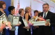 О. В. Цымбалов передал свою денежную премию, полученную  во Всероссийском конкурсе «Лучший врач года», в пользу шестилетней Маргариты Литовки, страдающей острым лимфообластным лейкозом.
